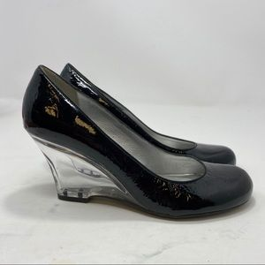 Kenneth Cole Women's Black Wedges Size 7.5 A124